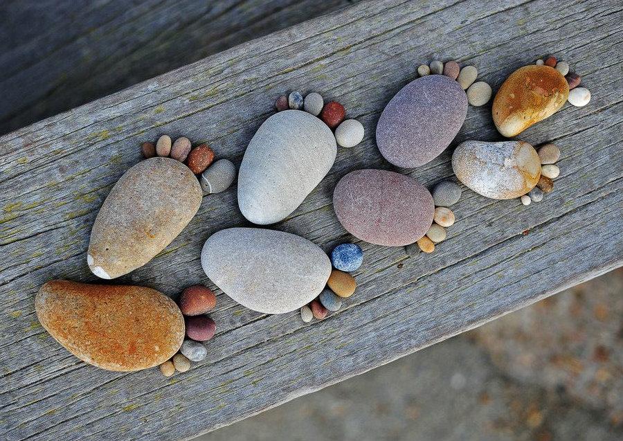 Pebble feet. Happy feet. Beach bunny