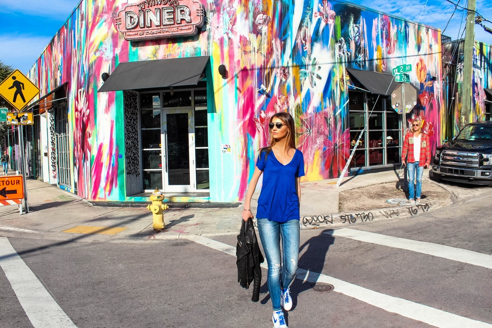 photo 5: Diner in Wynwood, Miami, rated on the 10 top restaurants in Miami.  WYNWOOD ART DISTRICT: MAYA HAYUK REVISITED by Maureen Kragt. London based Blogger. Effortless chic style in the Wynwood Neighbourhood, Miami. Leather Jacket, Dark skinny jeans, deep V-neck T-shirt, colette nike street shoes and classic chanel bag.