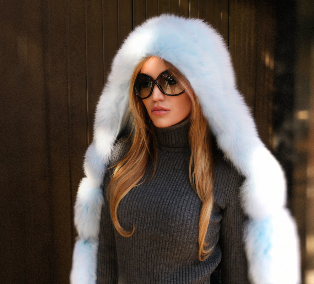 Influencer Maureen Kragt in the Boltons, shooting the latest collection of Lola Belle's furs. The Airy Blue hooded fur with ribbed zara sweater and pencil skirt.   Pair with the monster fendi backpack.   photo (3)