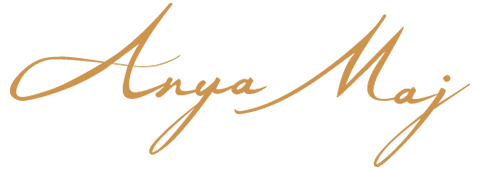 AnyaMaj-logo_web_Gold.png