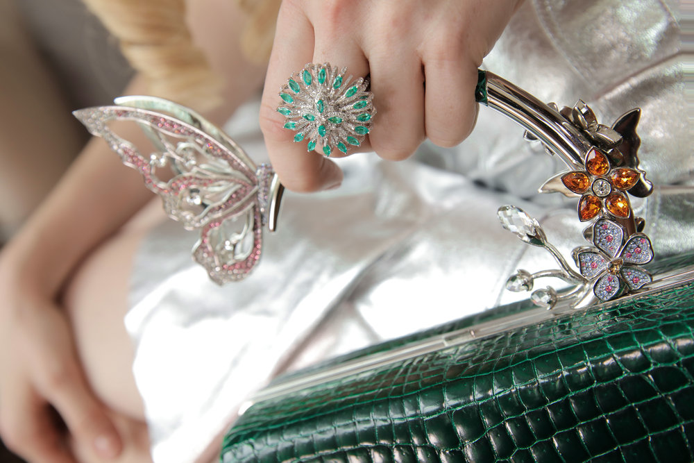 Detail shot of ming ray handbag with jooal ring.   Fashion Influencer Maureen Kragt interviews Designer Ming Ray in the Berkeley Hotel, London. UK.   Read her  interview on her blog.      ming ray, handbag, london, designer, blogger, maureen kragt