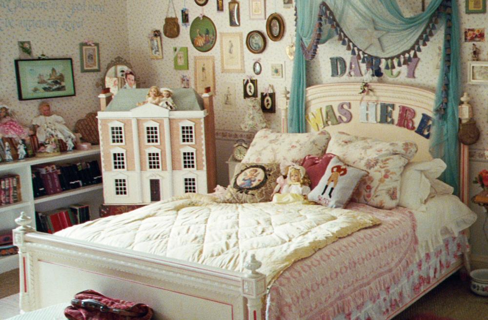 Jane's bedroom in Austenland