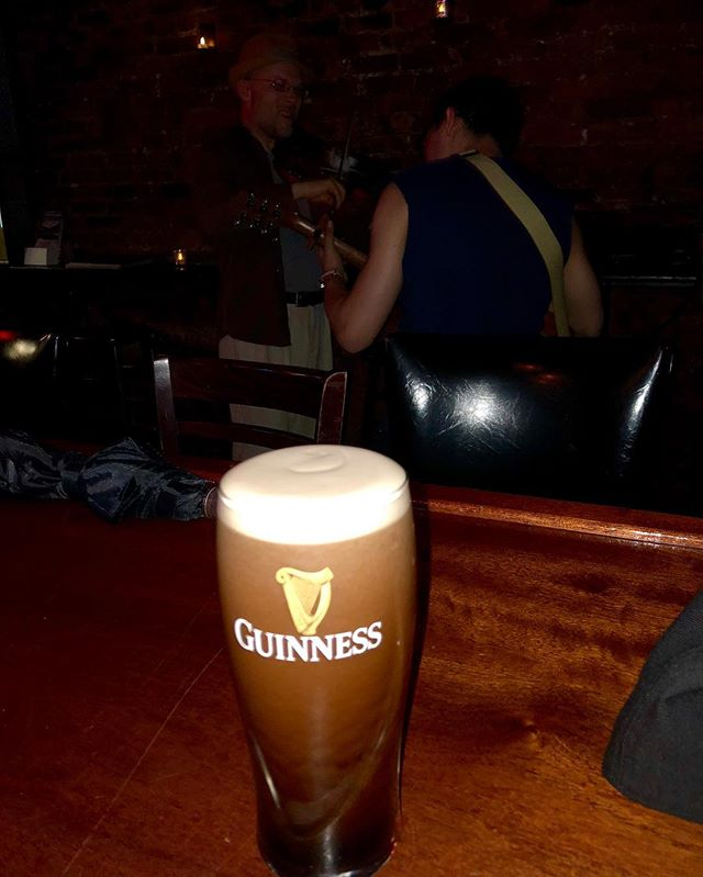 Guinness and Trad.. the perfect combo .