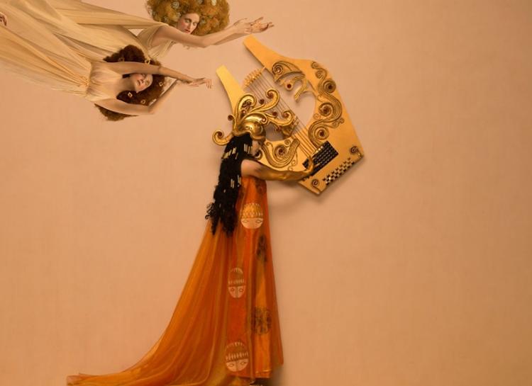 Mais uma imagem de Inge Prader para 'Friso de Bethoven'