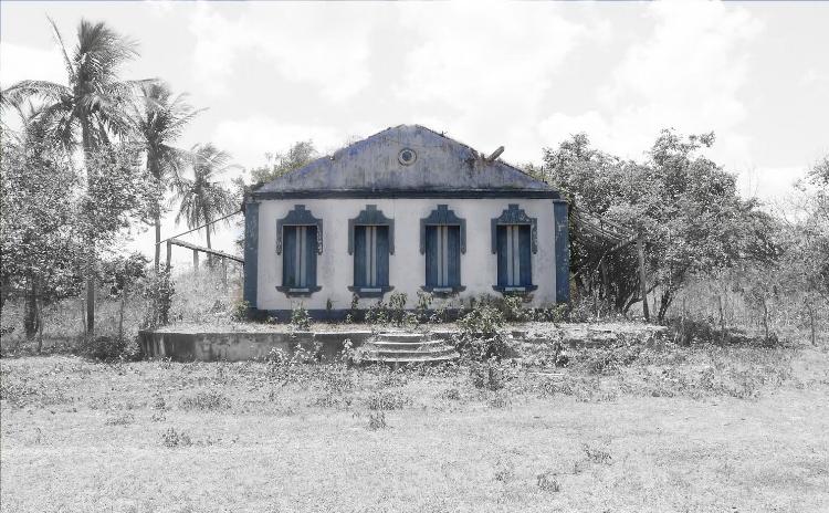 Casa em ruínas na fazenda Bom Jesus, em Goianinha (RN)