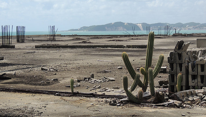 Ruínas localizadas na Via Costeira, em Natal (RN)