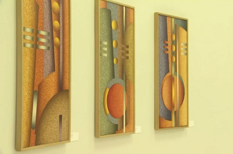 Rob Silva trabalhou com pintura a óleo e pintura digital para compor as obras dessa exposição
