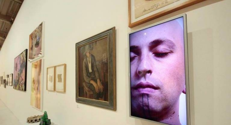 A exposição  'Queermuseu'  discute diversidade sexual e reúne obras de vários artistas e épocas diferentes