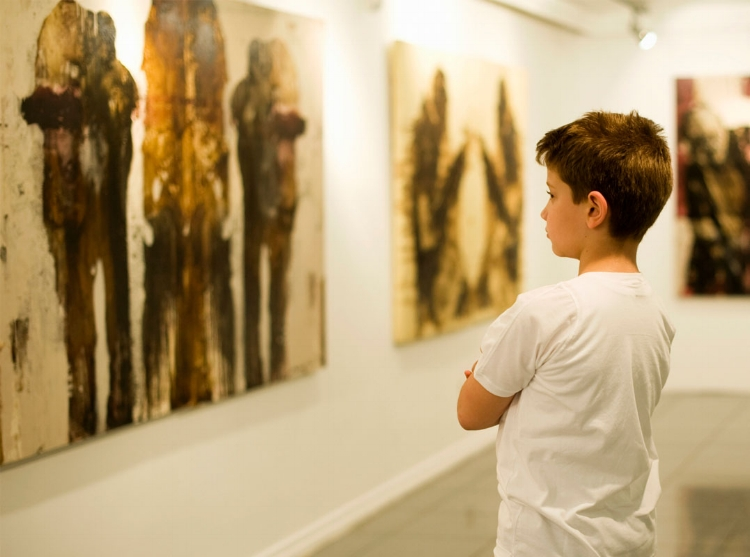 O hábito de frequentar museus e outros espaços culturais deve fazer parte da formação humana de nossas crianças