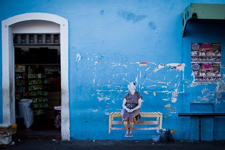Projeto  'Existência' , assinado por Maurício Pokémon, que espalhou pelas ruas de Teresina fotografias de moradores da Av. Boa Esperança