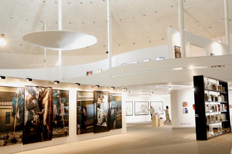Exposição  'Contraponto'  no Museu Nacional da República, em Brasília