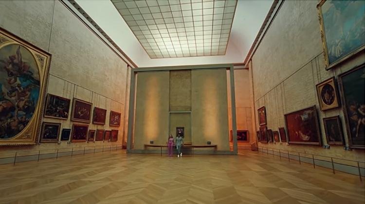 Os Carters posicionados no Louvre, entre os grandes nomes da história da arte. Há espaço para artistas como eles no museu?