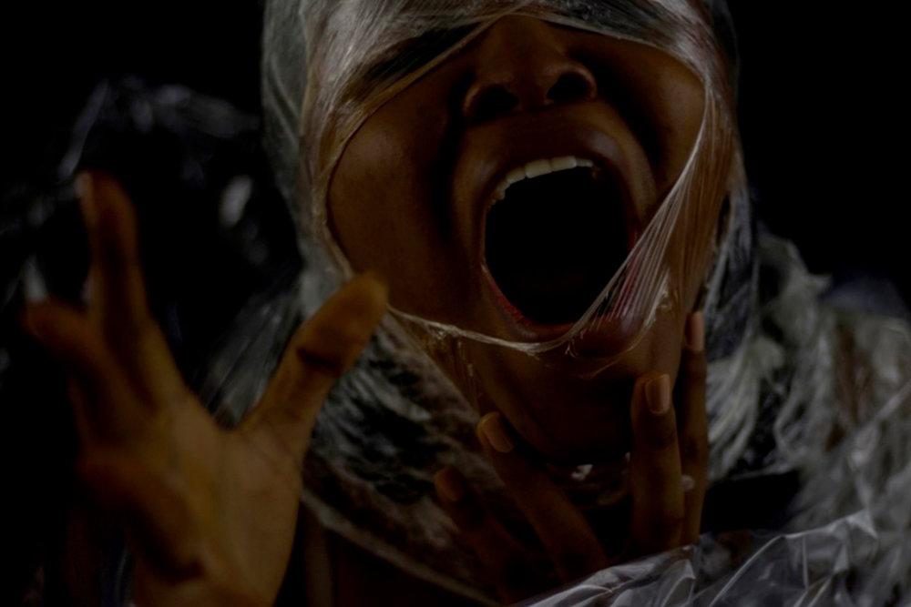 Detalhe da obra  'Nega Sim, Sua Não' , de Sunshine Santos