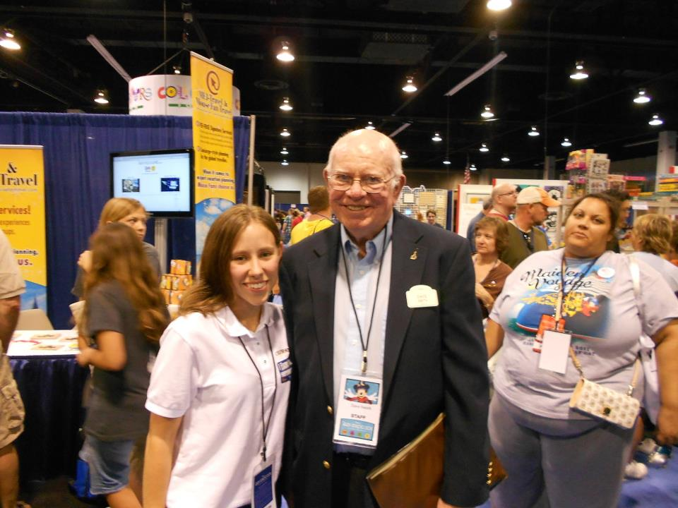 Me with a Disney Legend Dave Smith!!  Photo Credit: Unknown Awesome Person at the Expo/Possibly Dave's handler