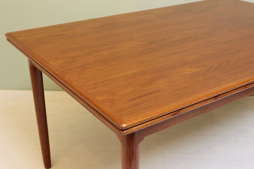Home ATOMIC PAD DEJA VU - Mid century square dining table