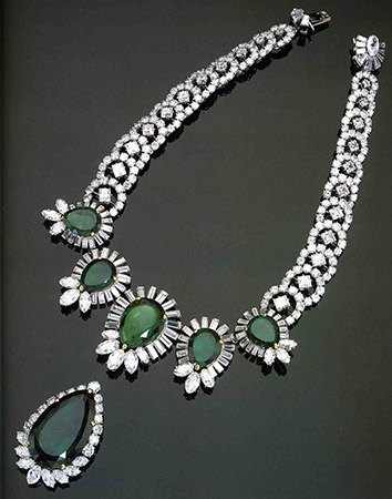 Boucheron necklace, Harry Winston pendant, 1960