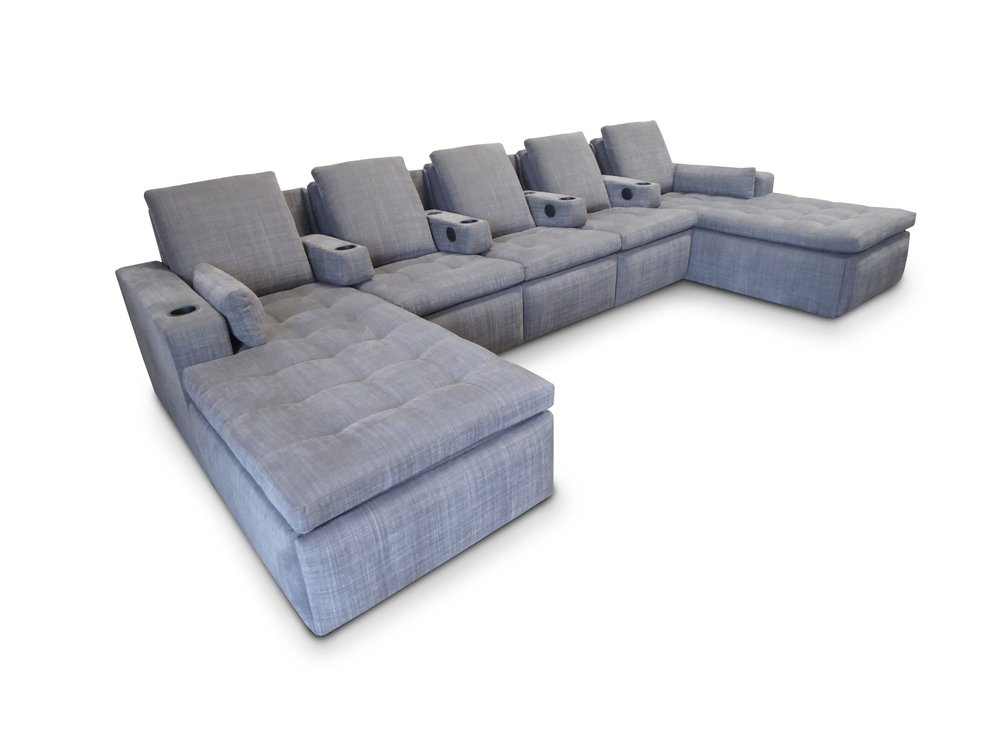 Newland Pocket Arm Sectional; Tufted seating detail