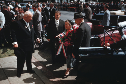 1959. Khrushchev meets US President Eisenhower. Sure, they look friendly, but I have the strangest notion that the only people in this picture who trust each other are the President and his wife.