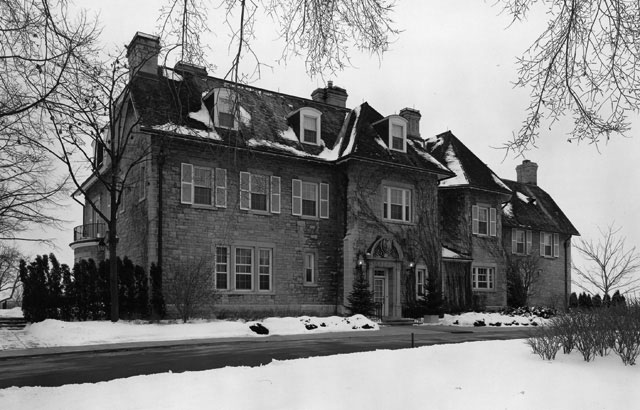 CLICK HERE to see the Ottawa Citizen's Gallery of 24 Sussex, 1950-51