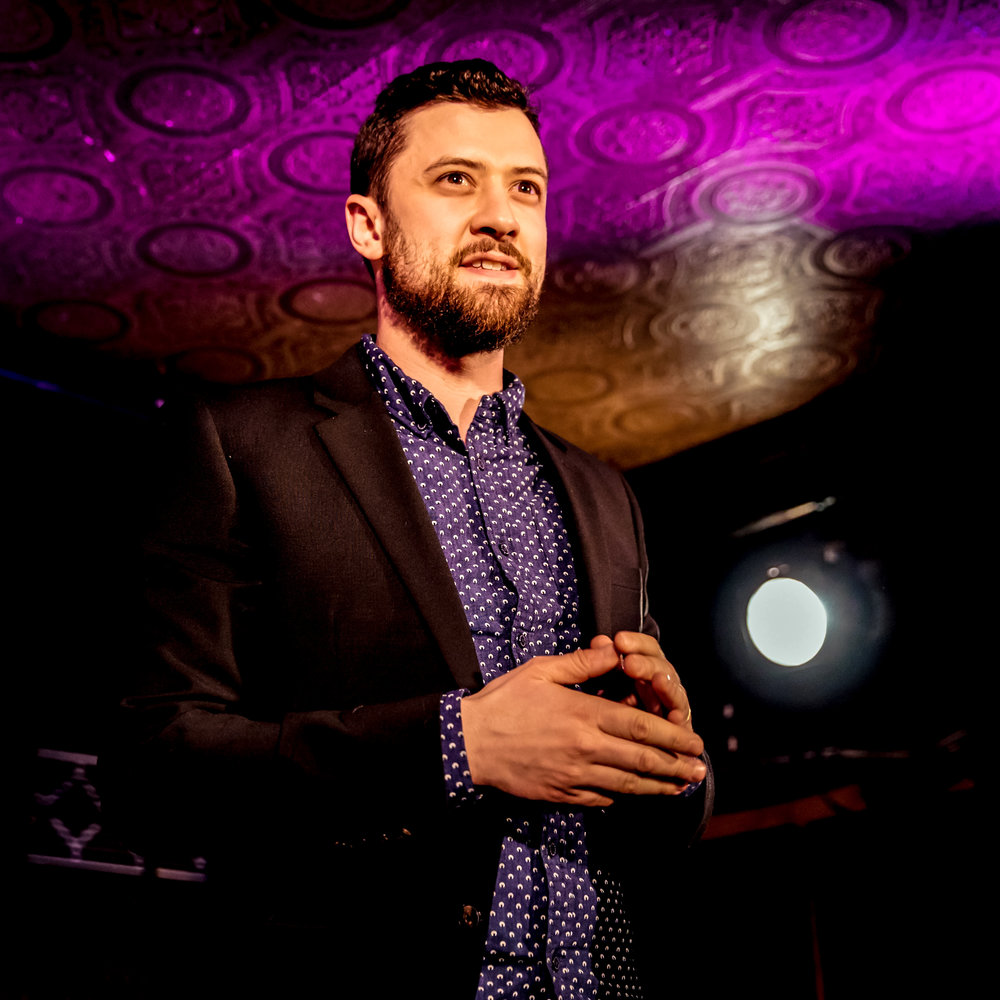 Stage Show - A stage performance of mentalism and mind-reading. The show can be tailored to suit your needs. Ideal for after-dinner, keynote or product launch.