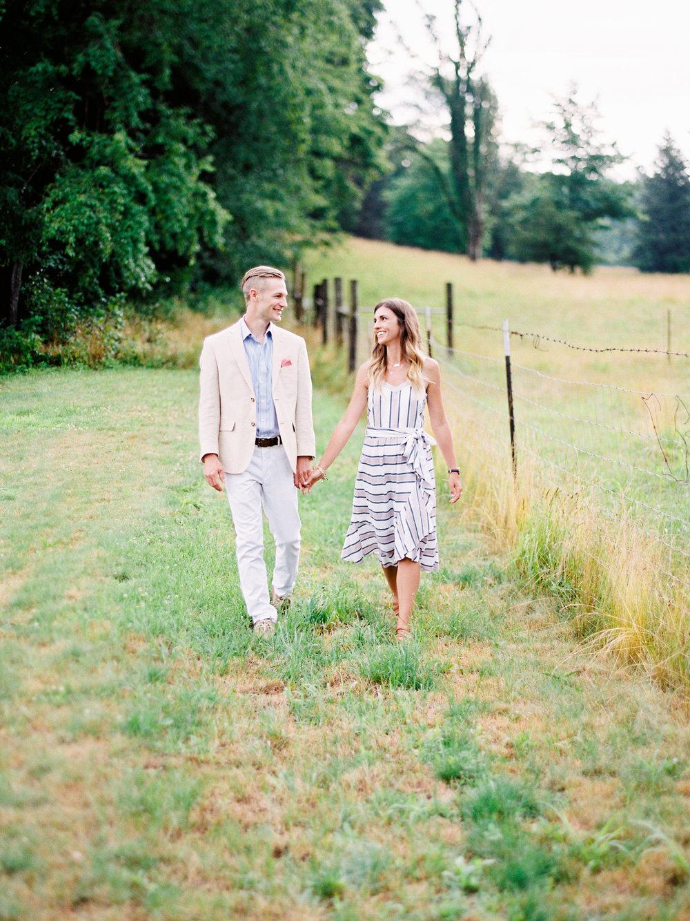 Kerri+Austin+Lavender+Field+Engagement-13.jpg