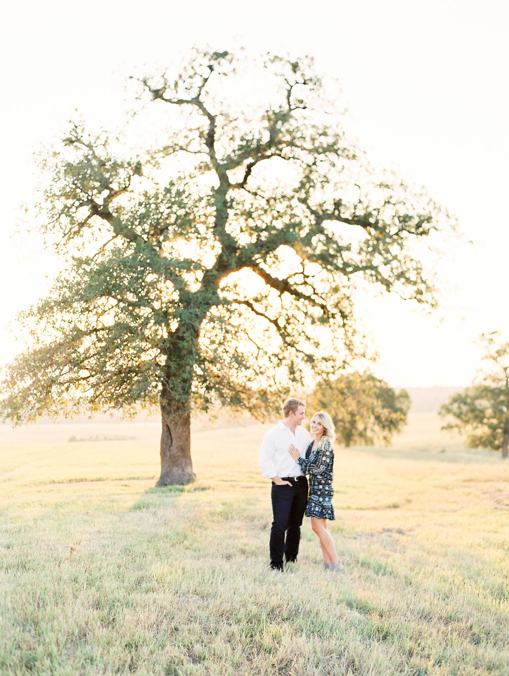 Lauren+John+Engaged+TX-43.jpg