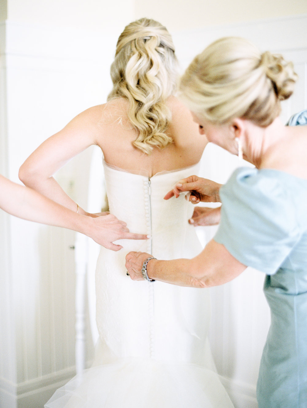 Coffman+Wedding+Getting+Ready+Girls-161.jpg