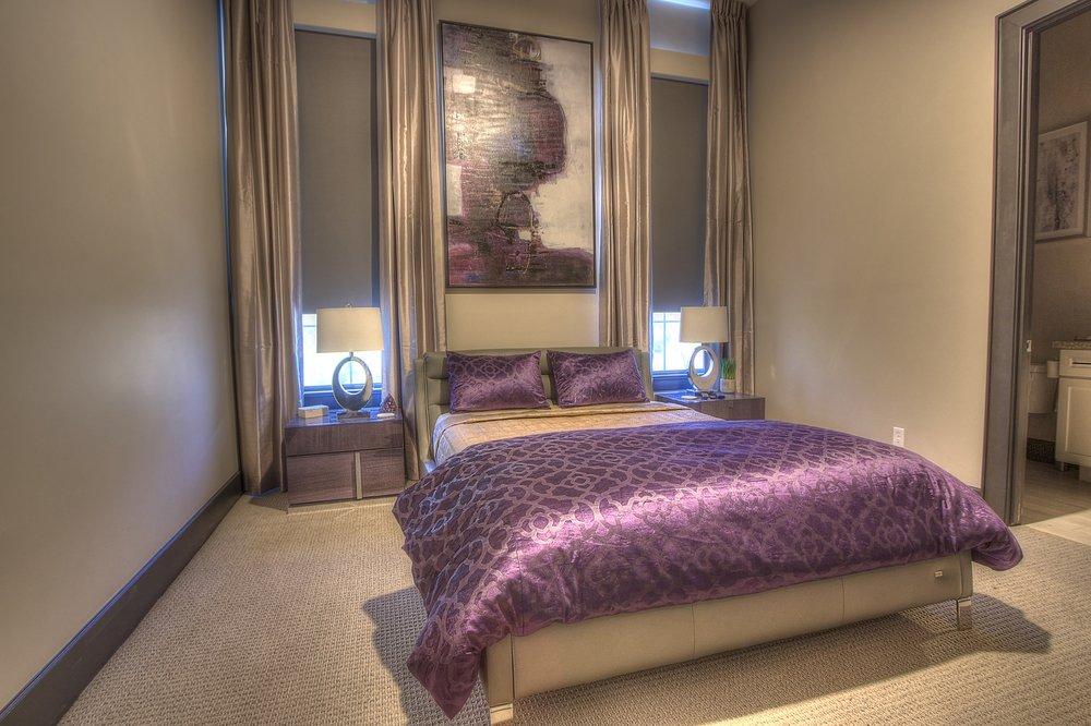 D-Bed rm 2:1.jpg