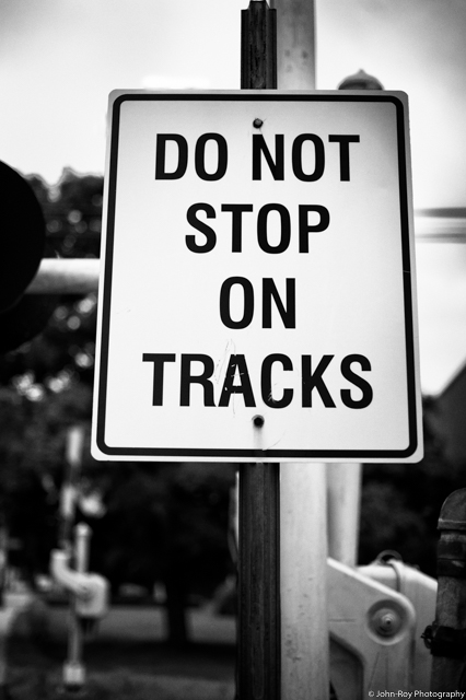 Do Not Stop of Tracks