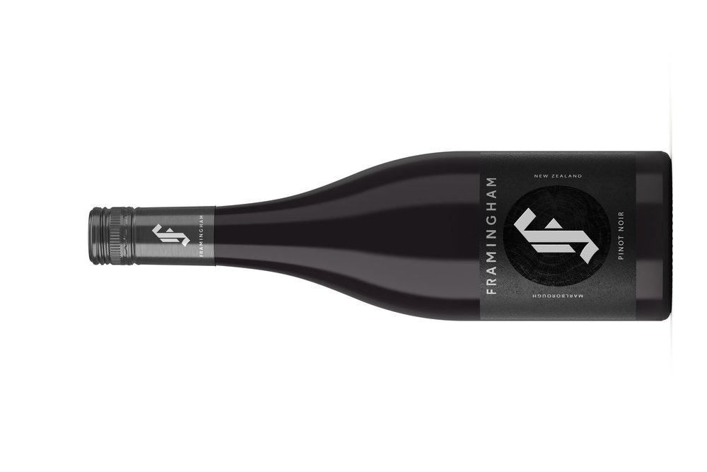 Framingham Pinot Noir    フラミンガム ピノノワール   原産地: マールボロ  希望小売価格: ¥5,760 在庫あり  750ml, 2017, 13%  手で摘み取られ、全束が押され、フランスのバリリックで10ヶ月間(新樽20%)、罰金および未ろ過の、インジゴの酵母  魅力的で、風味豊かで、燻製の肉とスパイスのノートが付いた複雑な鼻。 桜の果実、ハーブと花もあり  サワーチェリーフルーツ、構造が整っているが接近可能なタンニンとジューシーな酸味のある丸みのある味わい。 夏の果物のコンポート、スモーキーなオークのヒント、そしていくつかの全体の束から得られたスパイスが絵を完成させます。  TECHNICAL Hand Picked, Whole Bunch Pressed, 10 months in french barriques (20% new) un-fined and un-filtered, indigineous yeast  Complex nose with some attractive, savoury, smoked meat and spice notes. Cherry fruit, with herbs and a floral note. Rounded palate with sour cherry fruit, structured but approachable tannins and juicy acidity. Summer fruit compote, hints of smoky oak and some whole bunch derived spice complete the picture.