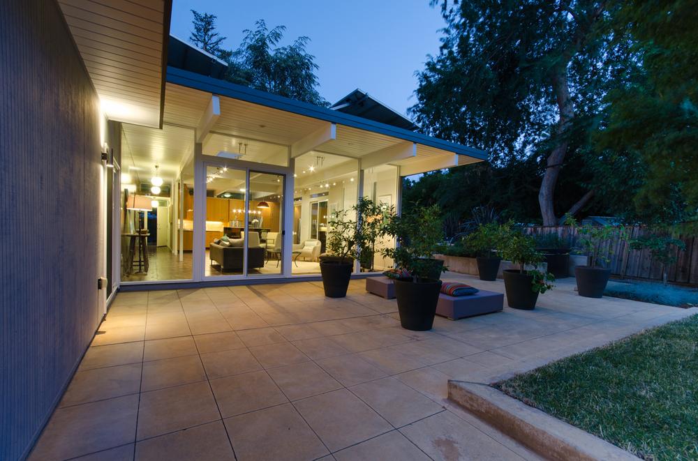 Modern-Palo-Alto-Backyard.png