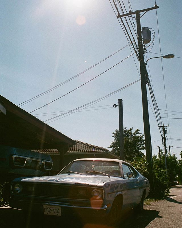 sittin' pretty - #somewheremagazine #kodizes #35mm #broadmag #yvr #rentalmag #analog #shootfilm #eastvan