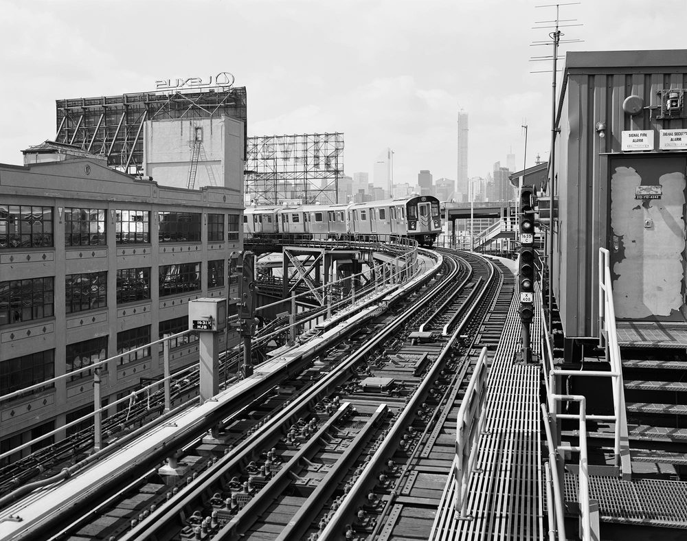 SILVERTOWN-TRAIN-NEW.jpg