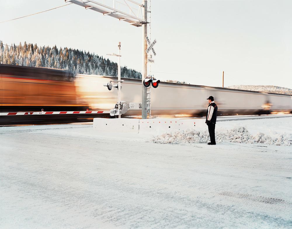 TRAIN-CROSSING-CORRECT.jpg