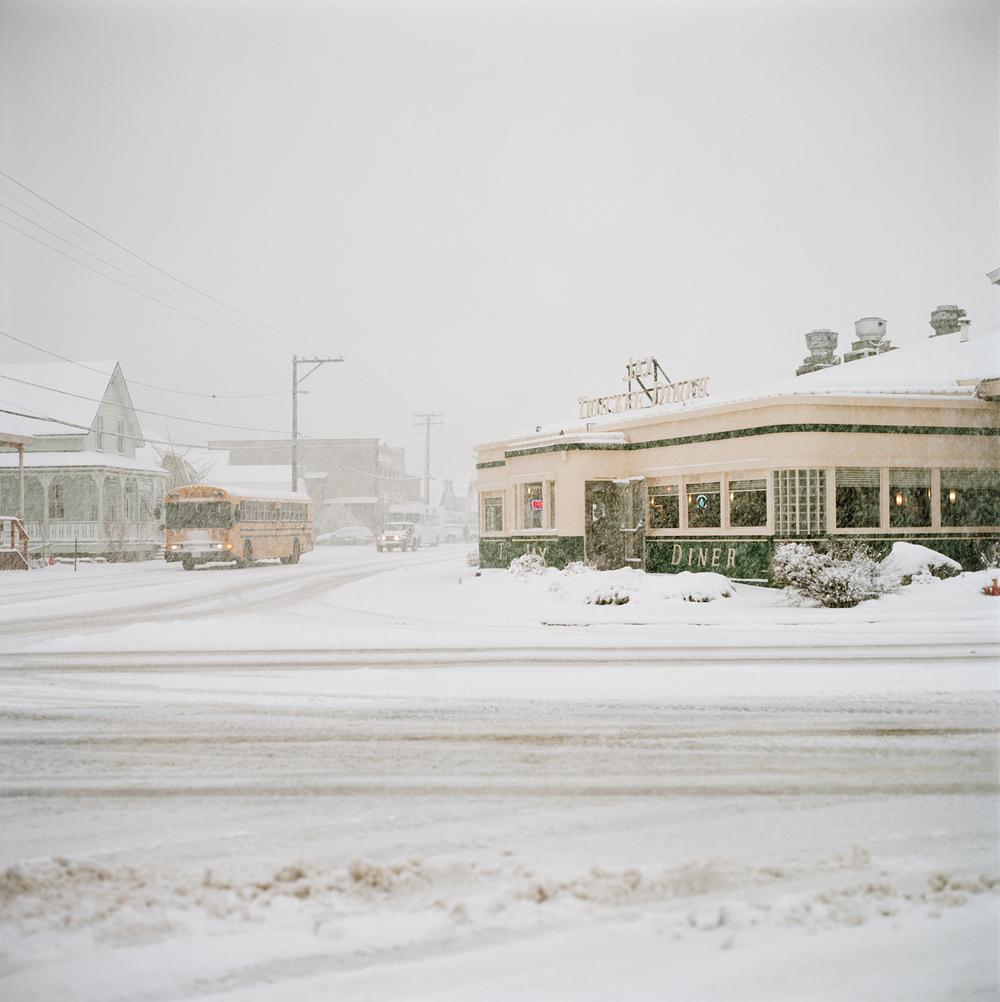 DINER IN SNOW.jpg
