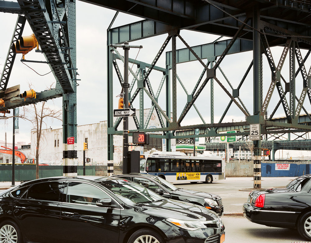 UNDER-BRIDGE-QUEENS.jpg