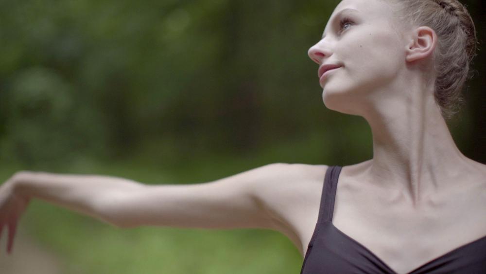 ballet_v1.Still068.jpg