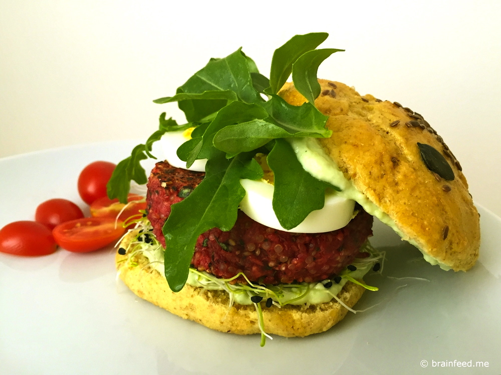 Brainburger Beetroot Quinoa Avocado
