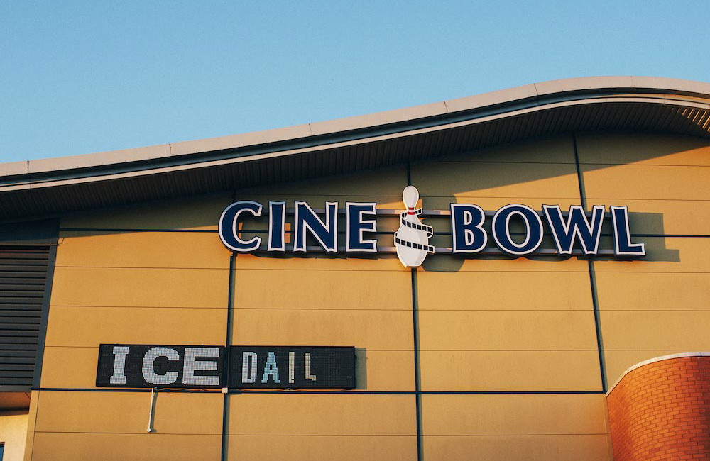 cinebowliceskatingbowlinguttoxeter