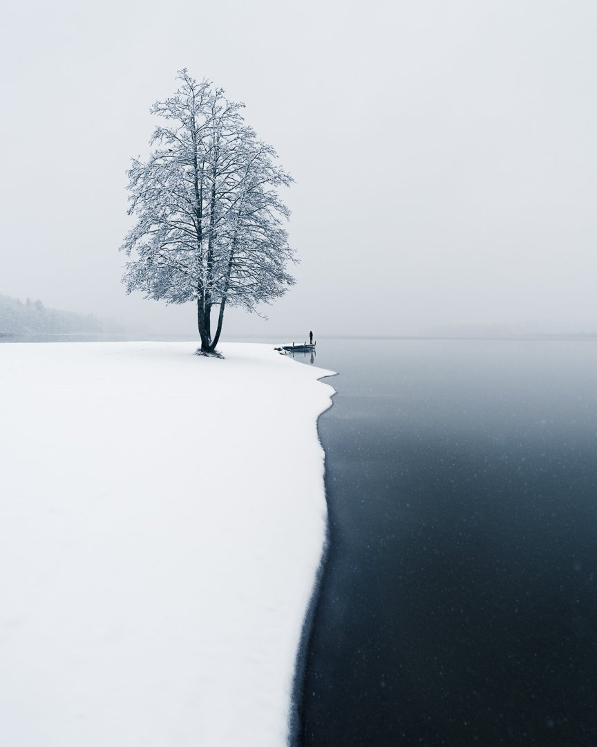 The Moment of the First Snow - Mikko Lagerstedt