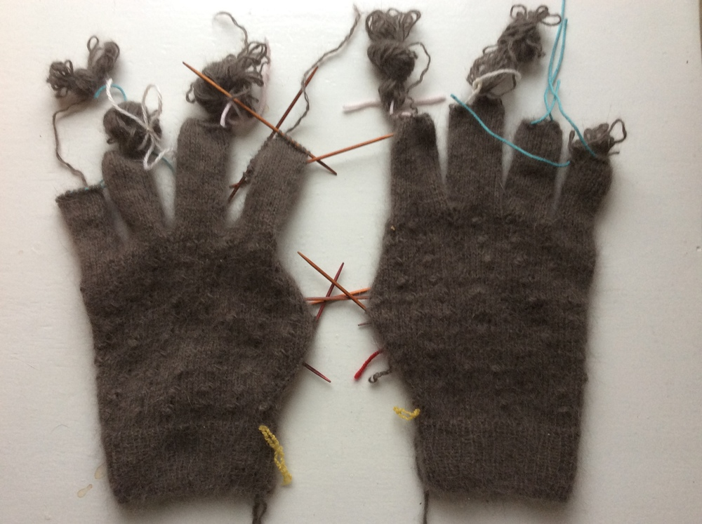 recycled angora yarn gloves