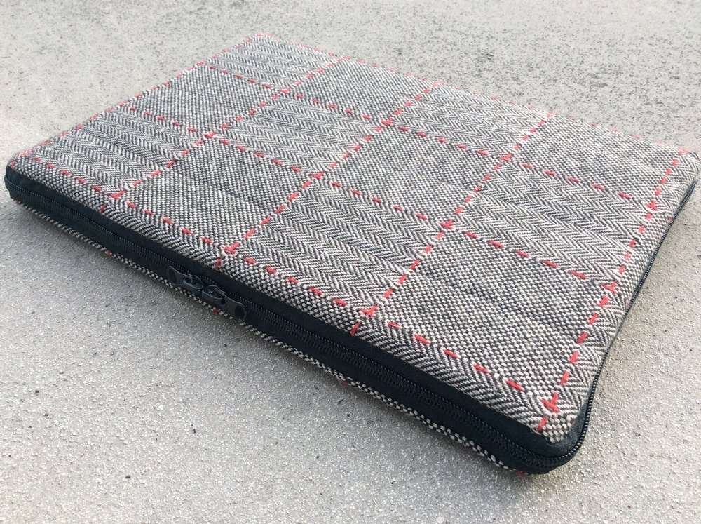 Recycled laptop sleeve RK