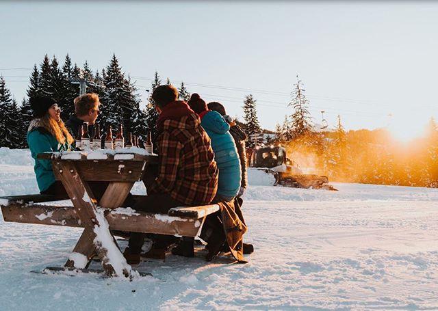 No filter... Just beers, sunsets and snowploughs.... . . #alepine #ski #craftbeer #craftnotcrap #mountains #paleale #americanpaleale #morzine #chamonix #valdisere #courchevel #bar #valthorens #meribel #lesmenuires #laplange #crystal #snowboard #crafternoon #alps #ale #restaurant #powder