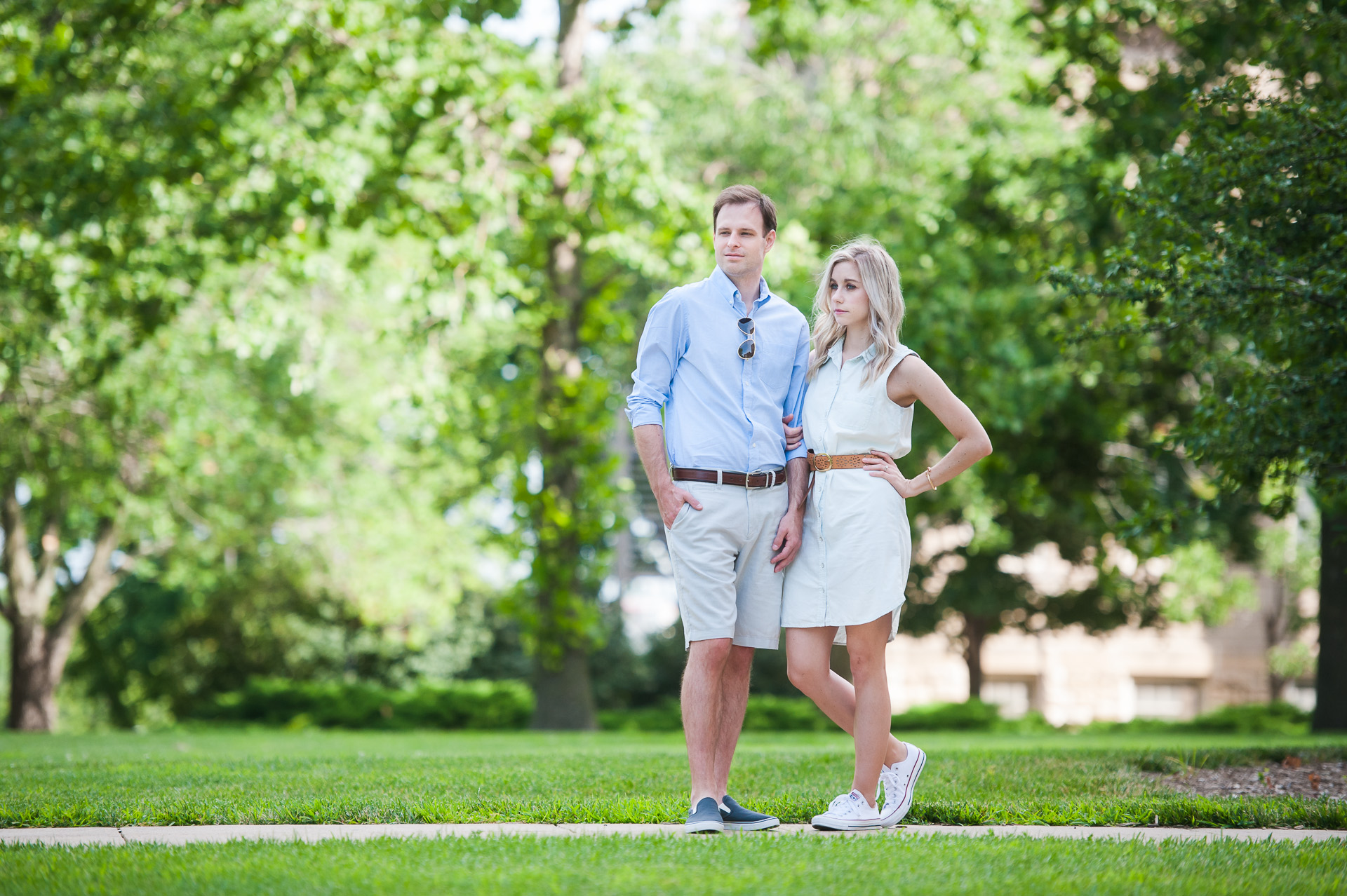 what to wear for engagement photos in the summer