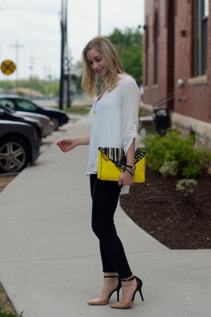 yellow-clutch-black-skinny-jeans-fashion-column-twins