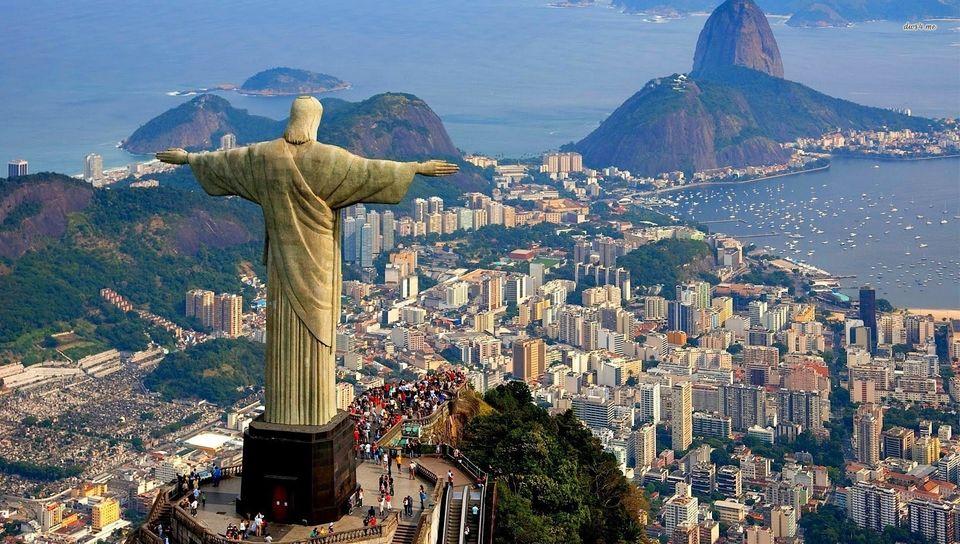 Image courtesy of https://www.mylittleadventure.com/best-things/rio-de-janeiro/tours/rio-de-janeiro-city-tour-and-christ-the-redeemer-tickets-HojaqQndeu