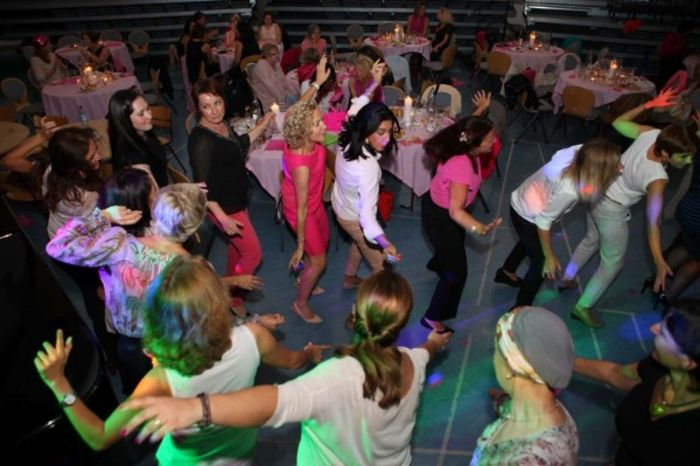 TP Ladies night dancing 3