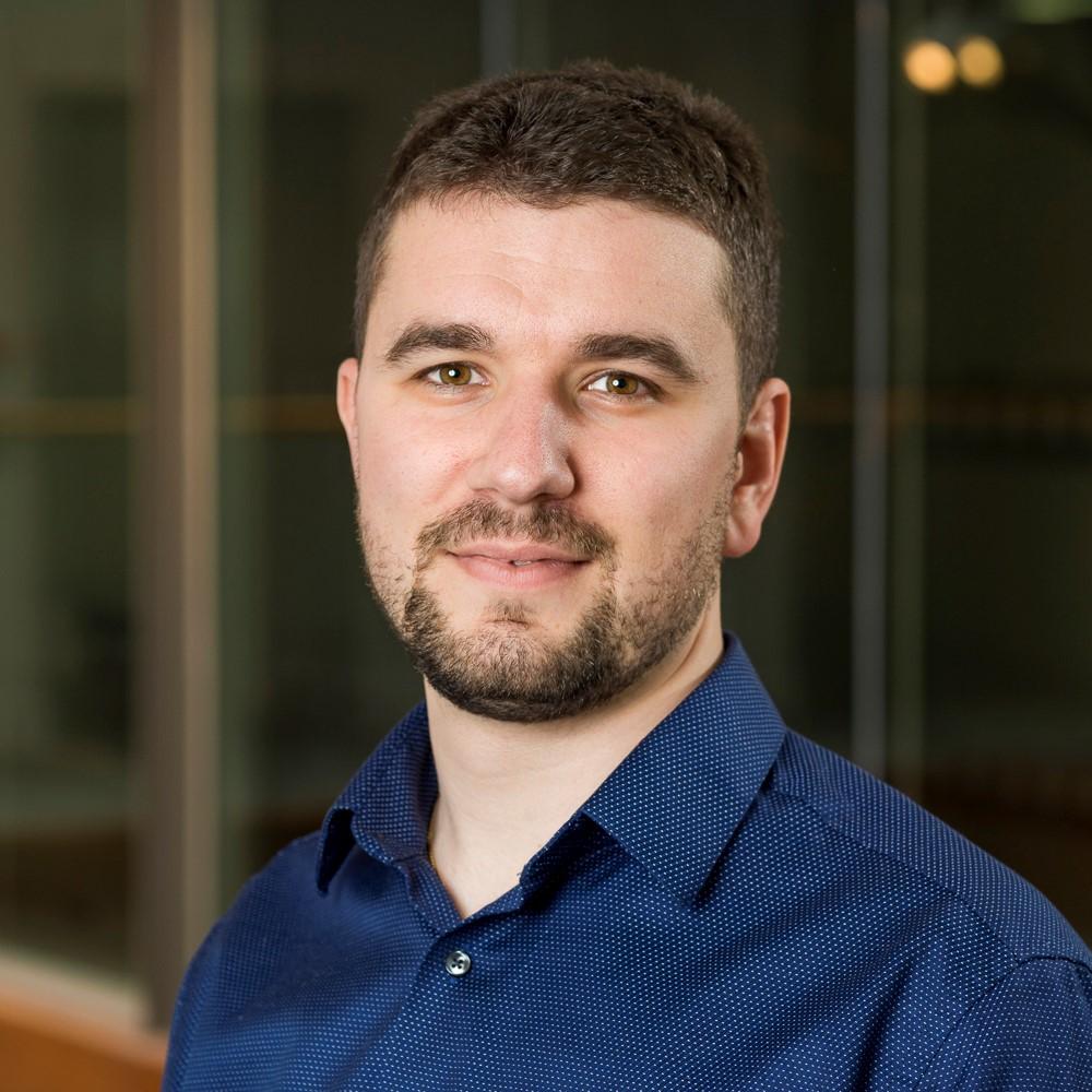 VALENTIN KALCHEV   iOS Lead Developer