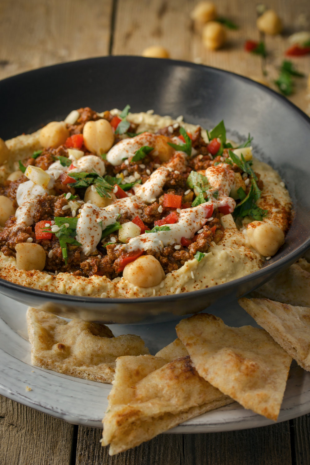 Hamshouka-Style Spiced Ground Meat Hummus