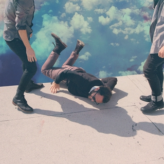 LOCAL NATIVES   HUMMINGBIRD   #FKR065   iTunes
